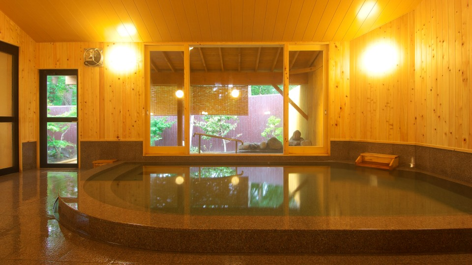 Indoor Onsen for gentlemen
